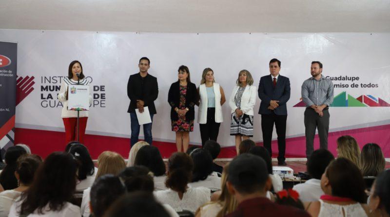 Capacitan a emprendedoras de Guadalupe en el uso de la tecnología